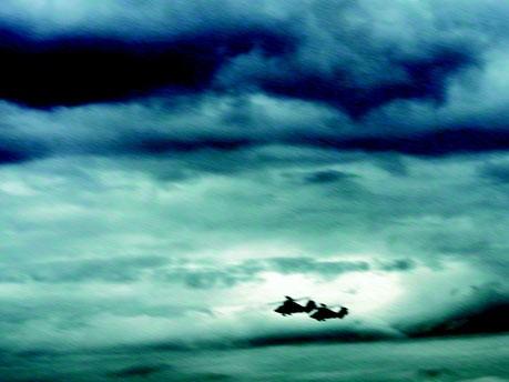 Parachutes 12, Foto: Bettina Pousttchi