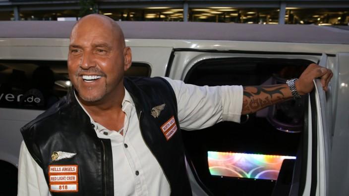 Flughafen Hannover Rocker Boss Frank Hanebuth 51 kommt nach Hause Der Präsident des aufgelösten
