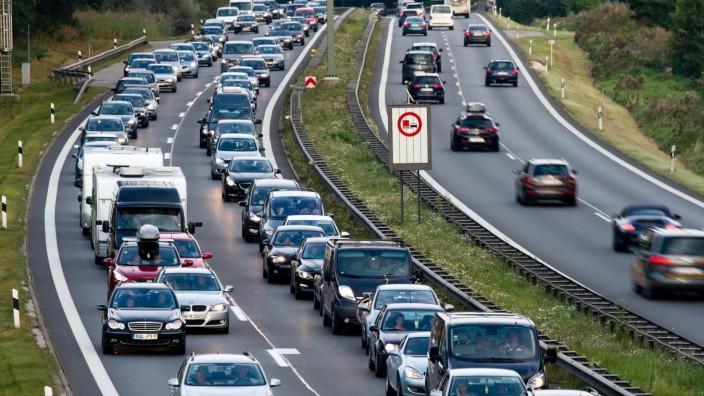 Rückreiseverkehr auf der A8 in Bayern