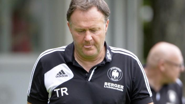 Fußball-Bayernliga: Ätsch! Pullachs Coach Frank Schmöller gab gerne den Partyschreck.