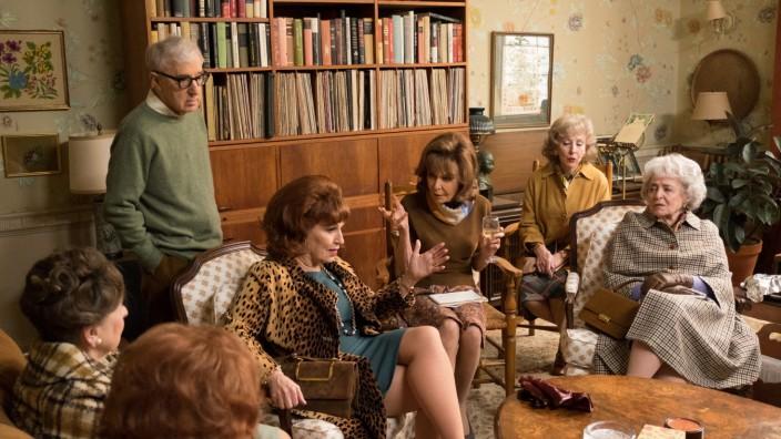 Woody Allen Crisis in 6 Scenes