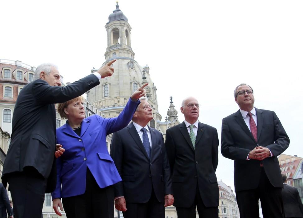 Tillich, Chancellor Merkel, President Gauck, Lammert and Vosskuhle arrive for elebrations marking German Unification Day in Dresden