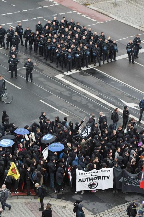 Demo gegen Nationalismus in Dresden