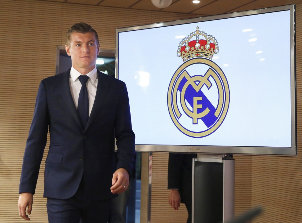 Real Madrid extends contract of Toni Kroos until 2022
