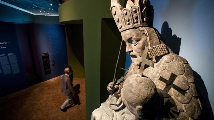 Vorbesichtigung der Landesausstellung 'Karl IV.'