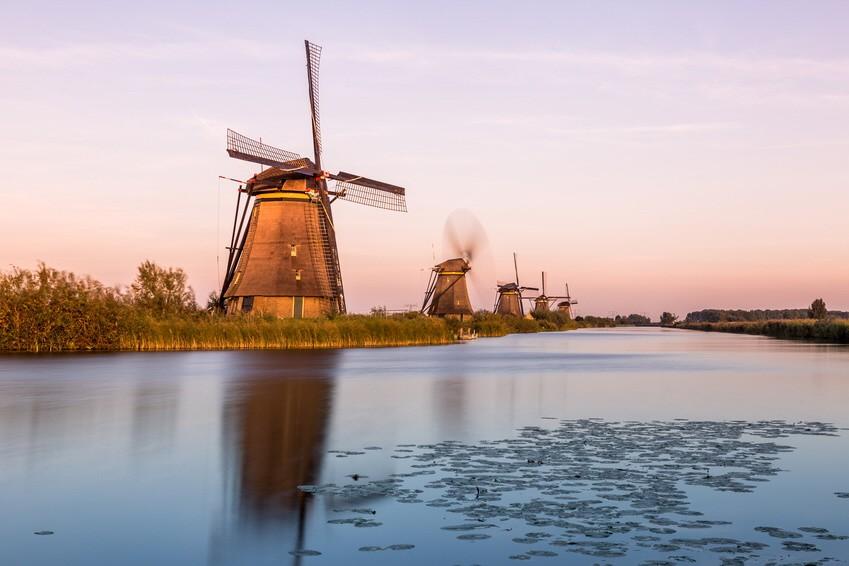 Windmills of Kinderdijk near Rotterdam in Netherlands Niederlande Windmühle
