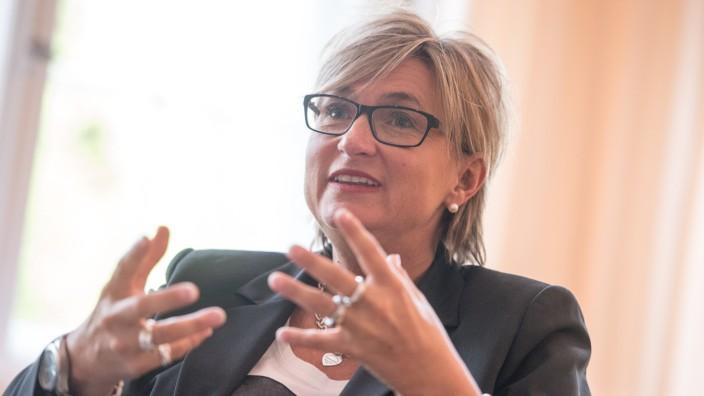 Simone Fleischmann