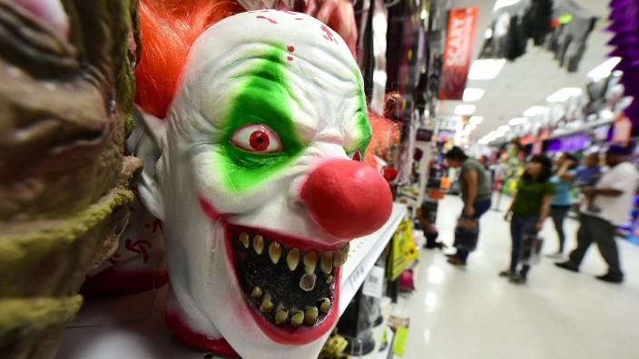 Horror-Clowns: Clownsmasken sind derzeit ziemlich beliebt. Doch wer steckt darunter?