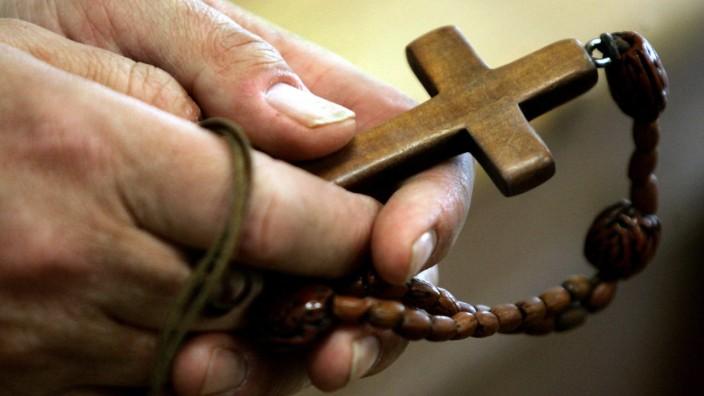 Große Welle von Austritten aus der katholischen Kirche