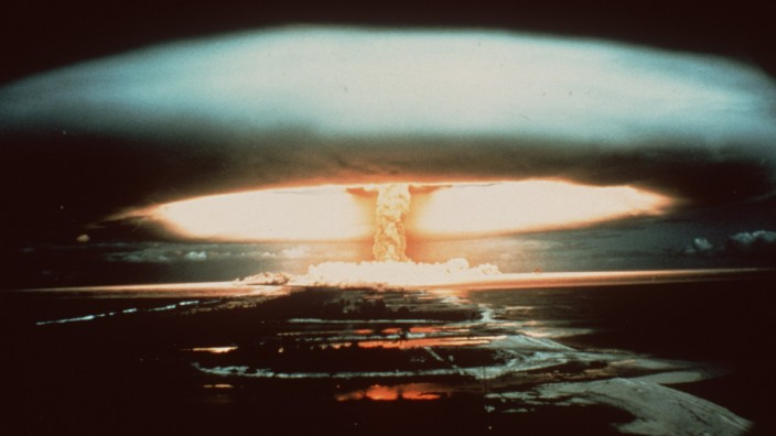 Prueba nuclear en el atolón de Mururoa