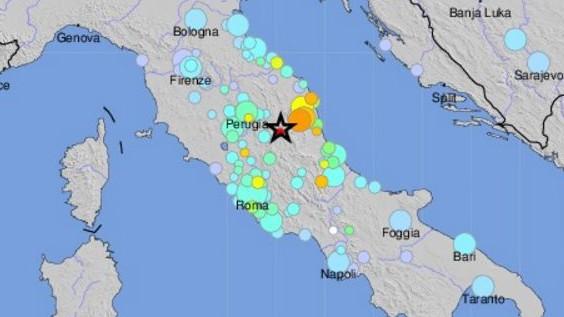 6.6 magnitude earthquake hits central Italy