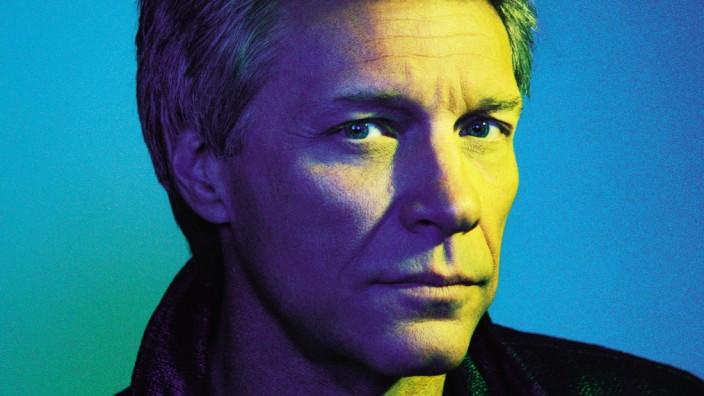 Jon Bon Jovi im Gespräch: Ein Jahr lang hat Bon Jovi keine Gitarre angefasst. Danach war er sich unsicher, ob er noch singen kann.