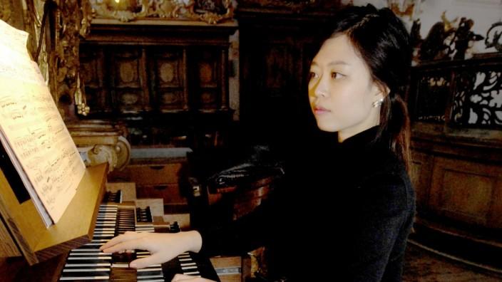 Andechs Kloster: Konzertdebüt der Kirchenmusikerin Sul Bi Yi (Orgel)