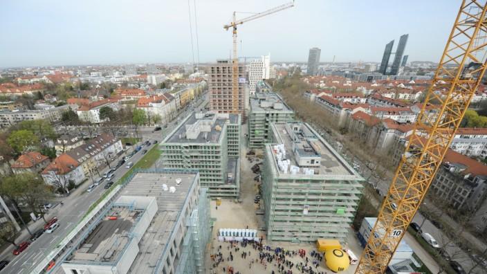 """Richtfest für das Quartier """"Schwabinger Tor"""" in München, 2016"""
