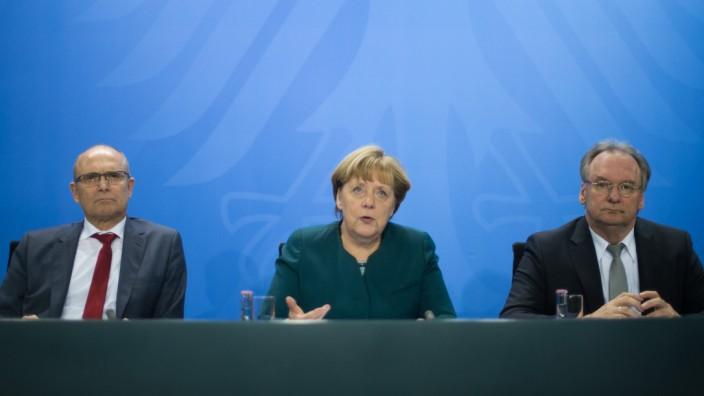 Regierungschefs der Länder bei Bundeskanzlerin Merkel