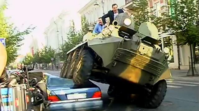 Panzer-Bürgermeister von Vilnius sagt Falschparkern den Kampf an