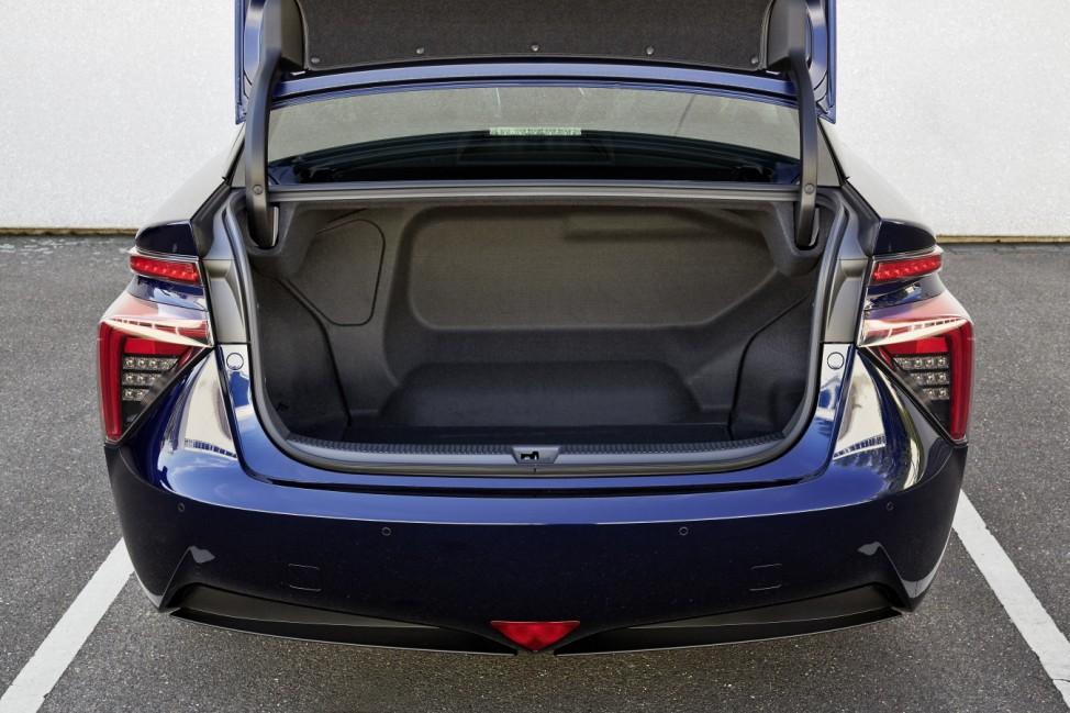 Der Kofferraum des Toyota Mirai.