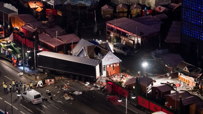 Möglicher Anschlag mit Lastwagen auf Weihnachtsmarkt
