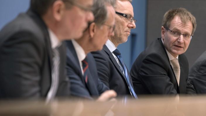 Pressekonferenz zu Anschlag in Berlin