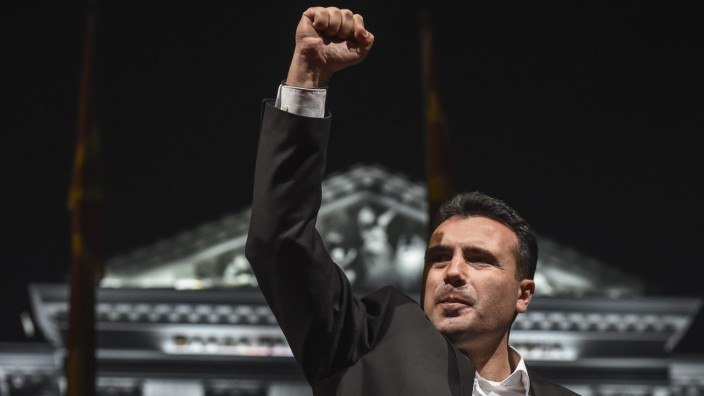 Early parliamentary election in Macedonia