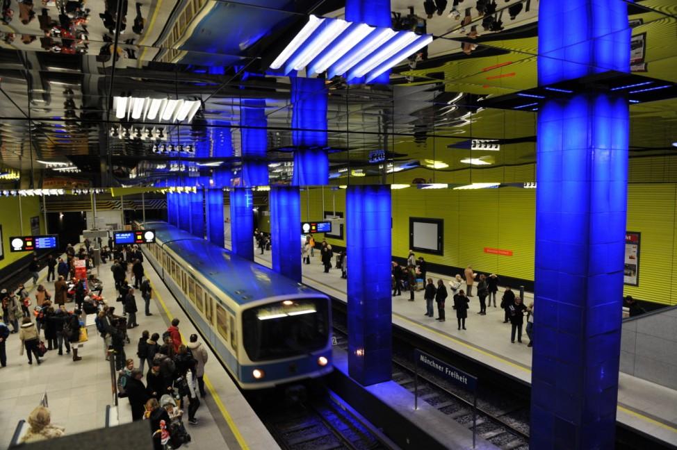 U-Bahnhof Münchner Freiheit in neuem Design, 2009