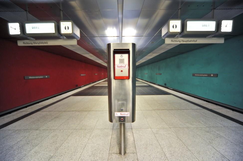 U-Bahn-Station Wettersteinplatz in München, 2010
