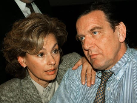 Hillu und Gerhard Schröder