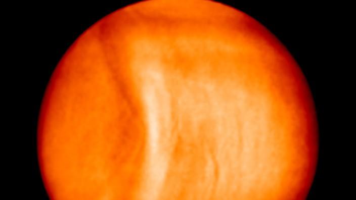 Forscher sichten stationäre Riesenstruktur auf der Venus