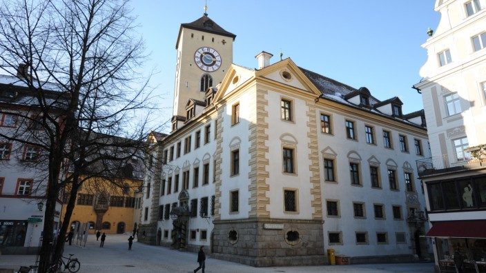 Regensburg: Seit Joachim Wolbergs in Untersuchungshaft sitzt, hat Gertrud Maltz-Schwarzfischer die Dienstgeschäfte übernommen.