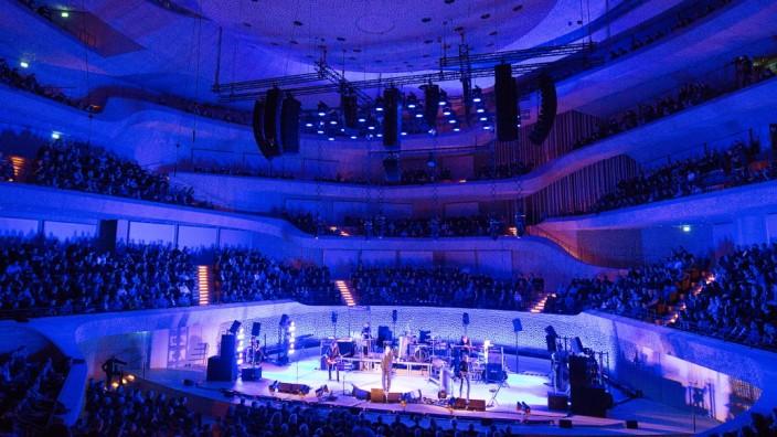 Einstürzende Neubauten in der Elbphilharmonie