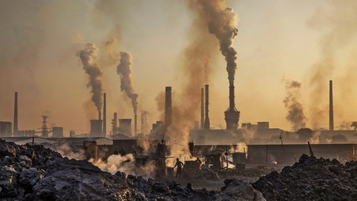 BESTPIX Illegal Steel Factories Dodge China Emissions Laws