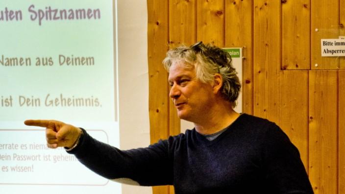 Korbinianschule What's App und Co.