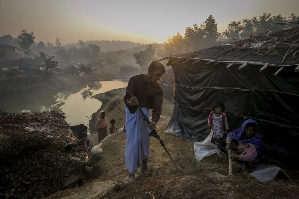 Rohingya Flee Into Bangladesh As Crisis Deepens