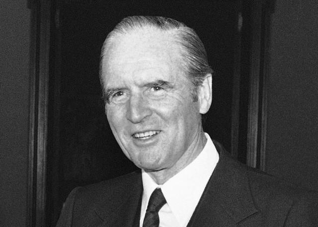 Margaret Thatcher, Karl Carstens