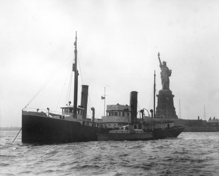 Britisches Schiff wegen Alkoholschmuggels aufgebracht, 1927