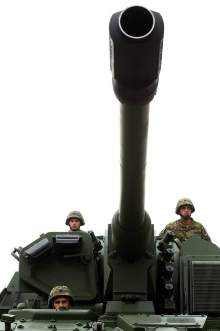 Howitzers PzH 2000 29 07 2015 Zagreb Croatia Croatian Armed Forces presented new Howitzers PzH