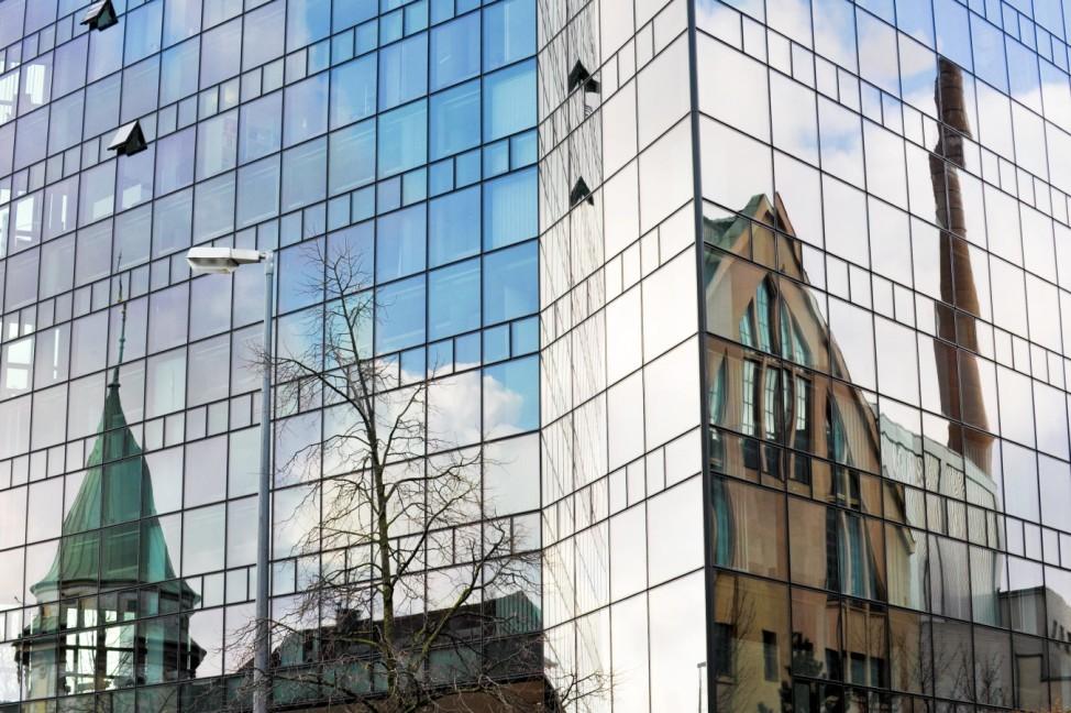 """Glasfassade am Bürozentrum """"Nymphe"""" in München, 2012"""