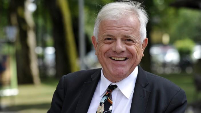 Michael Graeter: Elegant, aber erfolglos: Kolumnist Michael Graeter hat sich im Pullacher Gemeinderat vertippt.