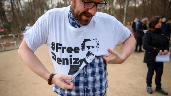 Kundgebung für die Freilassung von Deniz Yücel