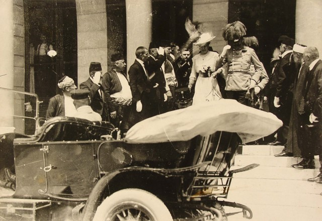Austro-Hungarian Archduke Franz Ferdinand and his wife Sophie leave Sarajevo City Hall