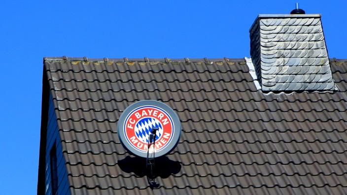 FC Bayern München-Satellitenschüssel