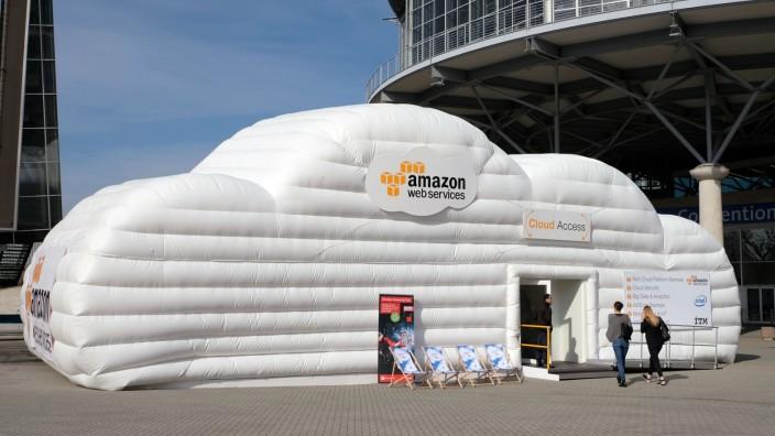 Die Amazon-Cloud liefert Webspace für viele Beliebte Dienste, zum Beispiel Snapchat und Buzzfeed.
