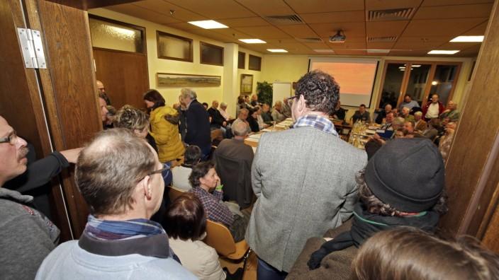 Starnberger See: Der Andrang in der Gemeinderatssitzung ist groß.