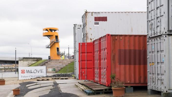 Büro in Schiffscontainer