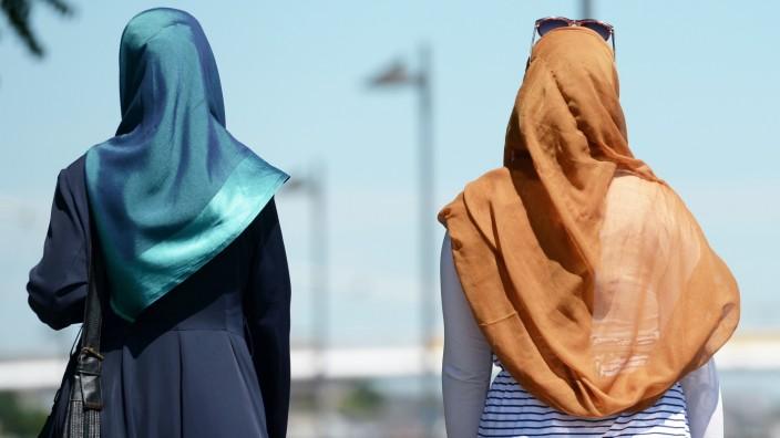 Islamische Frauenkleidung - Kopftuch