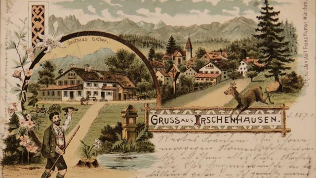 Icking: Mit der Sammlung von historischen Postkarten begründete Schweiger vor rund 30 Jahren sein privates Archiv, das heute das gemeindliche ergänzt.
