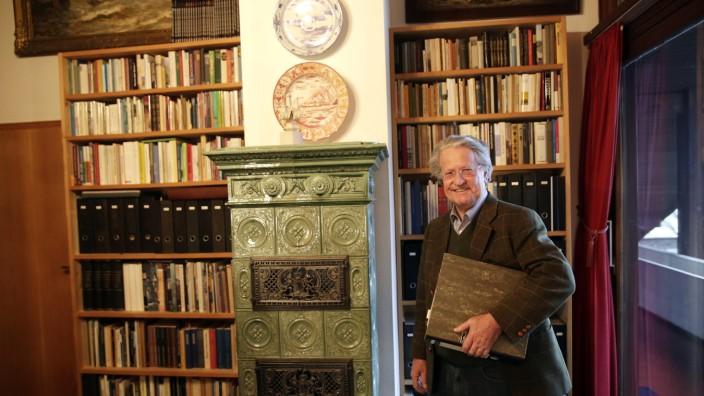 Icking: Peter Schweiger ist Herr der Ickinger Historie.