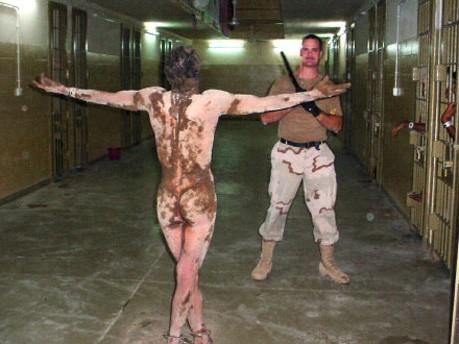 Foto von Folterung in Abu Ghraib