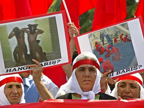 Proteste gegen Abu Ghraib und Guantanamo