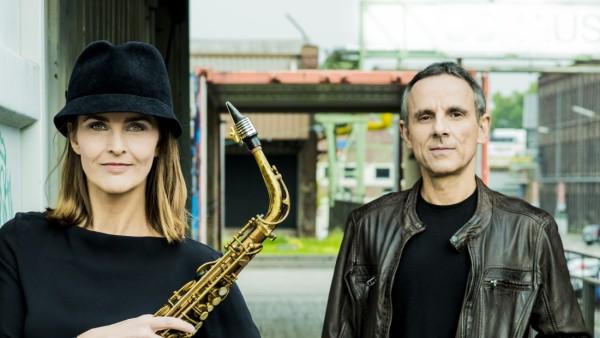 Karolina Strassmayer, Saxofon
